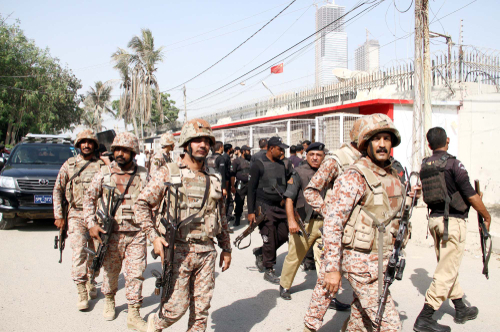Pakistani forces cordon off the Chinese consulate in Karachi