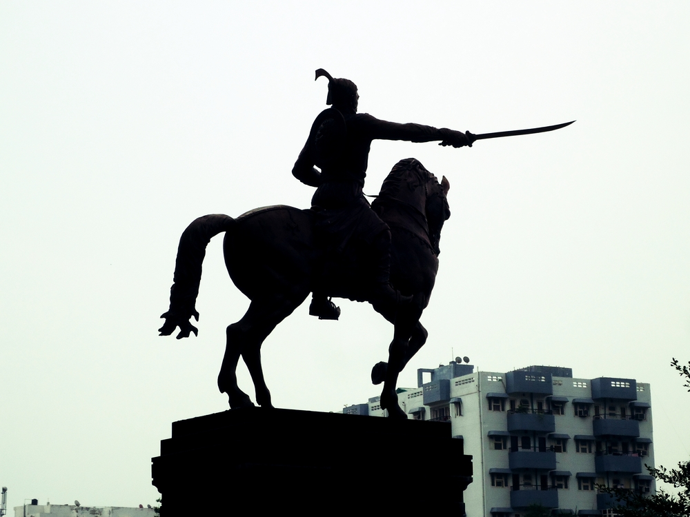 Statue of Man on Horse